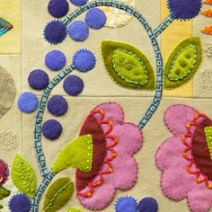 Sue spargo new pattern. Wool Applique Patterns, Felt Applique, Felted Wool Crafts, Felt Crafts, Wool Embroidery, Embroidery Stitches, Quilting Projects, Art Quilting, Penny Rugs