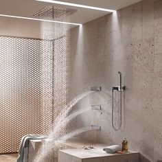 The Dornbracht Comfort Shower combines regeneration with extreme comfort. Experience the innovative Comfort Shower Seated Shower - Dornbracht's premium hydrotherapy shower. Spa Shower, Shower Seat, Luxury Shower, Rain Shower, Big Bathtub, Douche Design, Natural Waterfalls, Possible Combinations, Deep Relaxation
