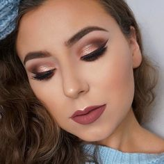 How gorgeous is this eye look by @roseandben using our new Essential Matte and Shimmer Palette?! ✨ Link in bio to shop now.