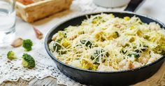 Chicken Broccoli Cheese Rice Casserole --- Cheesy and packed with protein and nutrients?? Yes, please!