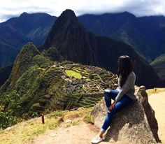 """8,375 Me gusta, 78 comentarios - Mochilando (@blogmochilando) en Instagram: """"Machu Picchu (em quíchua Machu Pikchu, """"velha montanha""""), também chamada """"cidade perdida dos…"""""""