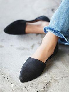 รองเท้าส้นเตี้ย สีดำ Free People Solid Rajah Flat