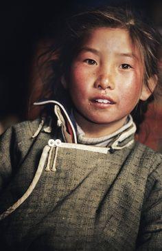 Nomads Nomadic Children Mongolia - copyright 2013 Sven Zellner/Agentur Focus