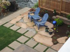 Patio ideas cute mix of flagstone and manufactured slabs