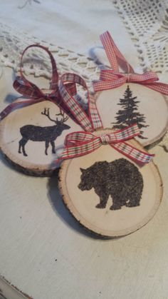 Wood Burned Christmas Ornaments von ThistleNSage auf Etsy