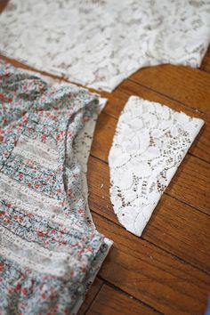 I love me some lace! I wanted to make myself a little something pretty while I'm in the middle of making a bagillion gifts and things for an...