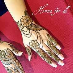 Gorgeous rakhi mehndi designs for new moms. Check them out now and beautify your hands. Arabian Mehndi Design, Khafif Mehndi Design, Rose Mehndi Designs, Back Hand Mehndi Designs, Latest Bridal Mehndi Designs, Arabic Henna Designs, Indian Mehndi Designs, Mehndi Designs 2018, Modern Mehndi Designs