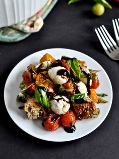 Roasted Tomato Caprese Panzanella | 31 Fun Summer Dinners You Can Make Without A Grill