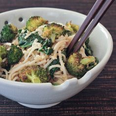 gingered sesame-coconut udon with roasted broccoli via @spabettie