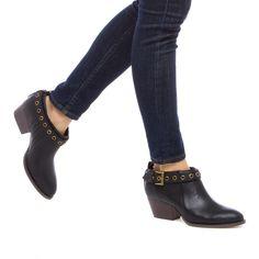 Louisa - ShoeDazzle