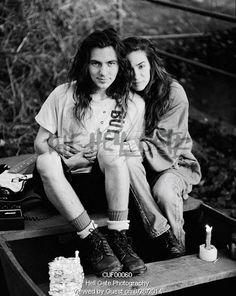My favorite pic! Eddie Vedder y Beth Liebling Eddie Vedder Wife, Ed Vedder, Pearl Jam Eddie Vedder, Jeff Ament, Matt Cameron, Nostalgia, Black White, Chris Cornell, Music Is Life