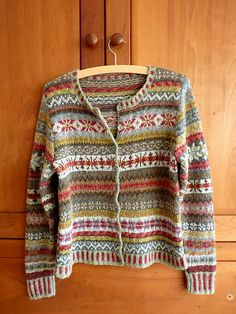 Ravelry: Project Gallery for Orkney pattern by Marie Wallin Fair Isle Knitting Patterns, Fair Isle Pattern, Knitting Designs, Knit Patterns, Knitting Projects, Gilet Crochet, Knit Or Crochet, Rowan Knitting, Hand Knitting