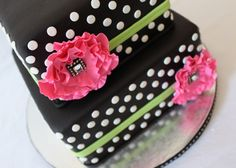 The inspiration for this cake came from a thank you...