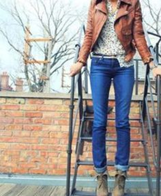 Jeans, print top, jacket. And those boots!