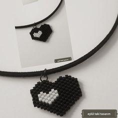 #miyuki#kolye#miyukibeads#necklace#miyukidelica#siyah#beyaz#kalp#black#white#instalike#instagram#instagood#elişi#handmade#takı#tasarım#takitasarim#moda#trend#fashion
