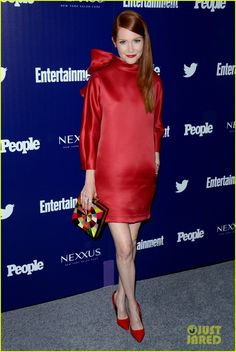 Scandal star in red
