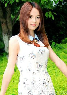 Welcome to our photo gallery! Take a look at Yuexiang, picture Asian attractive woman