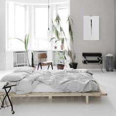 6 Appreciate Clever Tips: Minimalist Bedroom Furniture West Elm minimalist interior house simple.Extreme Minimalist Home Interior Design minimalist decor diy desk areas. Minimalist Home Decor, Minimalist Interior, Minimalist Bedroom, Modern Minimalist, Minimalist Living, Minimalist Kitchen, Minimalist Architecture, Minimalist Design, Home Interior