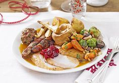 Christmas dinner recipe christmas food traditions around the english christmas dinner ideas traditional christmas dinner menu christmas food traditions around theChristmas Menu Clic Dinner Bbc. Sunday Roast Dinner, Holiday Dinner, Bbc Good Food Recipes, Dinner Recipes, Dinner Ideas, Dinner Entrees, Dinner Dishes, Lunch Ideas, Chipotle