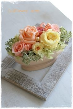 How To Preserve Flowers, Flower Arrangements, Preserved Flowers, Room Decor, Ohana, Crafts, Floral Arrangements, Fabric Flowers, Flower Vases