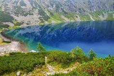 Beautiful mountain lake - Czarny Staw, Tatra Mountains, Poland http://www.adventurous-travels.com/2014/05/morskie-oko-and-czarny-staw-lakes-tatra.html