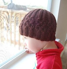 nottingham cabled hat free knitting pattern>