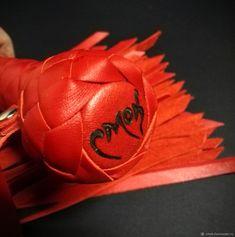 Красный флоггер – купить в интернет-магазине на Ярмарке Мастеров с доставкой
