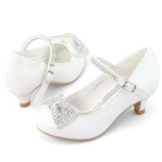 ideas for dancing shoes wedding ideas flower girls Flower Girl Shoes, Flower Girl Dresses, Flower Girls, Kid Shoes, Girls Shoes, Baby Shoes, Communion Shoes, Communion Dresses, Pageant Shoes