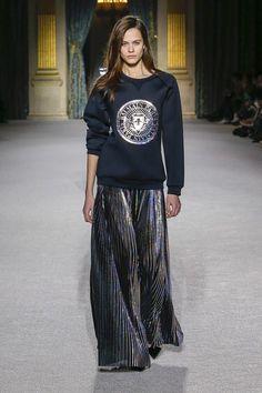 Balmain Fall 2018 Ready-to-Wear Fashion Show Collection