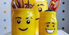 Votre enfant adore les Lego?Faites lui un porte-crayon en recyclant un potde verre avec une allure de tête de bonhomme Lego! J'ai eu une idée en écrivant mon billet, ce serait important de ne pas sauter cette étape si vous voulez qu'il reste de bea