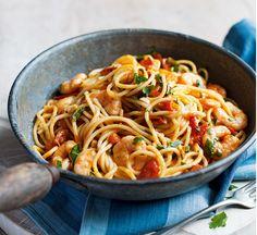 Spicy tomato & prawn spaghetti - Healthy Food Guide