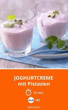 Joghurtcreme - mit Pistazien - smarter - Kalorien: 180 Kcal - Zeit: 15 Min.   eatsmarter.de