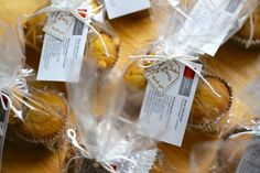 Thanksgiving Thank You Gifts, Pumpkin Chip Muffins | Love of Home