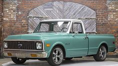 1972 Chevrolet C10 Pickup 250/155 HP, Short Bed presented as lot T117.1 at Houston, TX 2016 - image1