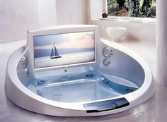 La Scala Jacuzzi comes with built-in 42″ HDTV and sound system.