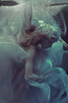 Pisces in a ballgown - http://www.simplysunsigns.com/
