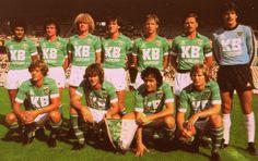 St Etienne, Image Foot, Football Jerseys, Soccer Teams, Vintage Football, Team Photos, Nostalgia, Retro, Caricatures