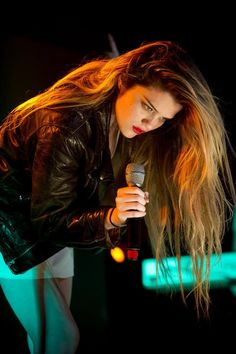 Sky Ferreira. I. Want. Your. Hair.