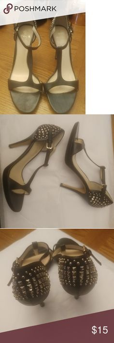 Isola Blk Heels Studded heels really comfortable matte black with a cute open toe. Size 8 Isola Shoes Heels