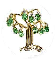 Kenneth J Lane faux peridot Tree of Life pin  $55   http://www.grannysjewelrybox.com/si4064.shtml