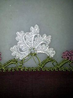 Latest lace models with crochet - Crochet Unique, Crochet Lace Edging, Crochet Borders, Cotton Crochet, Irish Crochet, Crochet Stitches, Weaving Projects, Crochet Projects, Crochet Bracelet Pattern