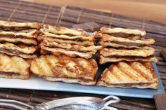 פרנץ טוסט עם שוקולד Kids Meals, French Toast, Recipies, Breakfast, Food, Recipes, Breakfast Cafe, Rezepte, Essen