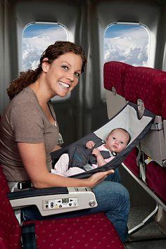 Deze handige Flyebaby hangmat voor het vliegtuig (voor baby's tot 9 mnd) is verkrijgbaar in onze webshop