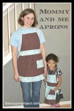 Mommy and Me Matching Aprons for Christmas gifts!