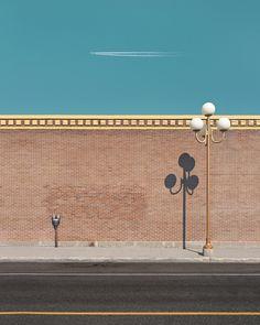 Benoit Paillé a une démarche très simple et terriblement efficace. Il part de lieux très banals et réussi à les magnifier par ses prises de vues, ce sont exactement les mêmes endroits mais on leur porte un regard totalement différent. Le résultat final est ainsi plus proche d'une peinture hyper-réaliste que de simples photographies. Cette série de clichés, pris majoritairement à Québec et à Mexico, de Benoit Paillé s'appelle Visions. Selon ses propres dires, après s'être concentré de…