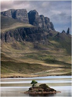 The Old Man of Storr just beyond Loch Fada.