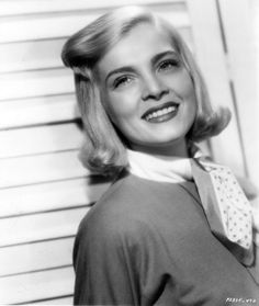 """Lizabeth Scott----When Scott went to Los Angeles in 1944, she dropped the """"E"""" from her first name. There were lots of Elizabeths in Hollywood, but no Lizabeth. Changing her name to something unique fit right in with the film industry's appetite for new and unique talent. (She legally changed her name to Lizabeth Scott in 1949.)"""
