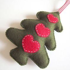 SUPER CUTE SALE : Green Folk Style Christmas Tree by ilovehearts