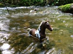 Trekkhenner schleich horse in my river