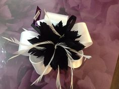 'Feather & Bow' Fascinator